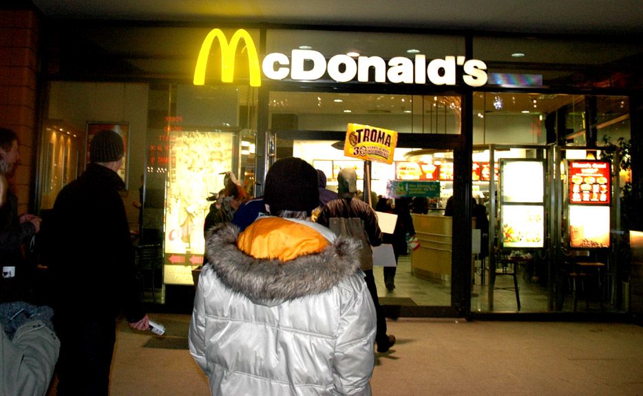 tromanale volunteer are going into mcdonald franchise building